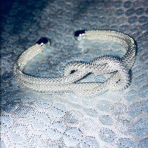 Tiffany's inspired knot bangle!